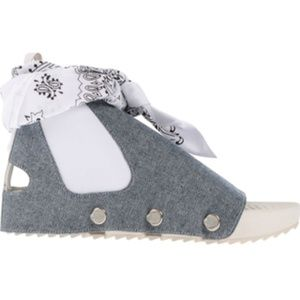 Pennant Doo-Rag Ankle Tie Grey White Sandals NEW